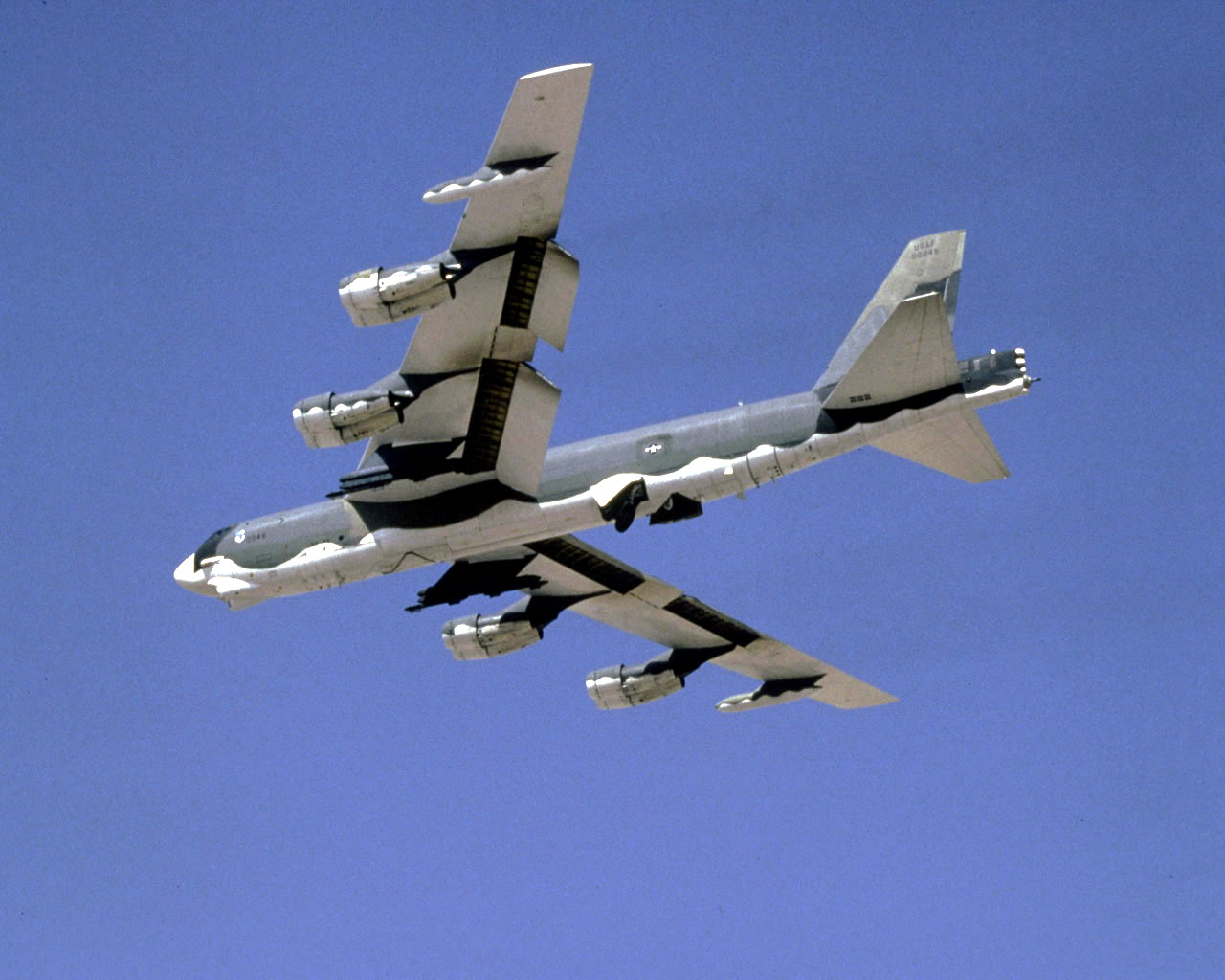 B-52 - the largest bomb airforce plane