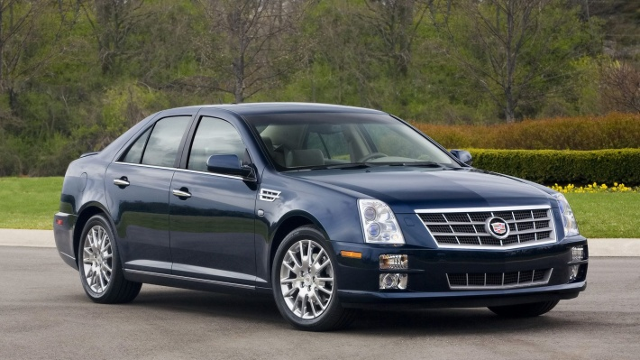 Cadillac STS blue